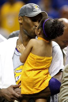 On Sunday, Jan the world was shocked and devastated to learn that legendary basketball player Kobe Bryant and his daughter, Gianna 'Gigi' Bryant died in a h Kobe Bryant Family, Kobe Bryant 8, Lakers Kobe Bryant, Nba Players, Basketball Players, Kobe Bryant Championships, Kobe Bryant Daughters, Kobe Bryant Quotes, Kobe Bryant Pictures