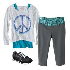 Girls Yoga Pant Outfit Yoga Pants Outfit, Yoga Pants Girls, Yoga Accessories, Your Style, Kids Fashion, Pajama Pants, Cute Outfits, Sweatpants, Swimwear