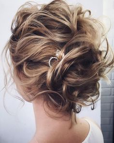 Wedding Hairstyles Updo Beautiful Bridal Updos Wedding Hairstyles For A Romantic Bride - Textured updo, updo wedding hairstyles,updo hairstyles,messy updos Classic Wedding Hair, Messy Wedding Hair, Wedding Hair And Makeup, Messy Wedding Updo, Boho Wedding, Wedding Rings, Best Wedding Hairstyles, Messy Hairstyles, Mother Of The Bride Hairstyles