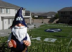 Oh my gosh!  I want this back yard!