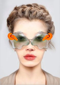 Exclusive Interview with One of a Kind Eyewear Designer Zahide Betül Şahin – farbe Funky Glasses, Eye Glasses, Womens Fashion Online, Latest Fashion For Women, Cat Eye Sunglasses, Sunglasses Women, Crazy Sunglasses, Eyewear Online, Look Fashion