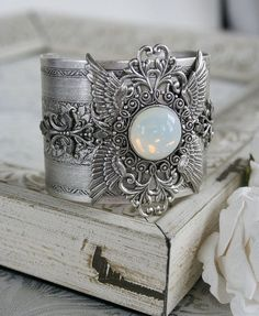 GOD'S CHERUBIM Victorian vintage inspired angel cuff bracelet in antiqued silver with bonus matching earrings Pearl Jewelry, Jewelry Art, Beaded Jewelry, Silver Jewelry, Vintage Jewelry, Jewelry Accessories, Jewelry Design, Fashion Jewelry, Unique Jewelry