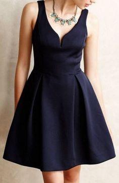 Gorgeous Neckline! Black Sweetheart V-Neck Sleeveless A Line Party Dress