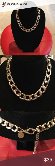 GOLD GOLD GOLD GUESS NECKLACE Gorgeous GOLD Necklace, adjustable, never used, GUESS Guess Jewelry Necklaces