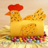 Spring crafts: Chicken sitting on a pile of chocolate eggs. Toilet Paper Roll Art, Rolled Paper Art, Paper Towel Crafts, Toilet Paper Roll Crafts, Cardboard Tube Crafts, Easter Art, Easter Crafts, Diy For Kids, Crafts For Kids