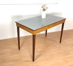 Vintage Tische - traumhafter Esstisch 50er/60er *Mid Century - ein Designerstück von Mid-Century-Frankfurt bei DaWanda