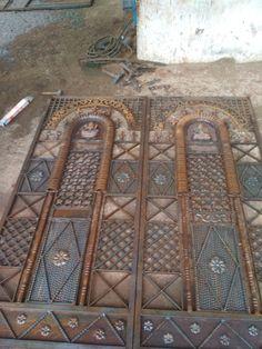 Grill Gate Design, Iron Gate Design, Iron Gates, Iron Doors, Mediterranean Homes Exterior, Door Gate, Steel Doors, Door Design, Wrought Iron