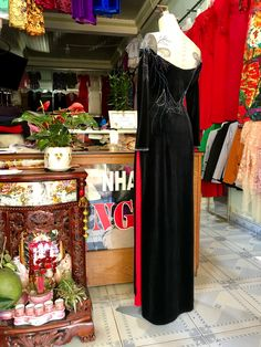 Buy Fabric Online, Beaded Embroidery, Formal Dresses, Stuff To Buy, Fashion, Dresses For Formal, Moda, Formal Gowns, Fashion Styles