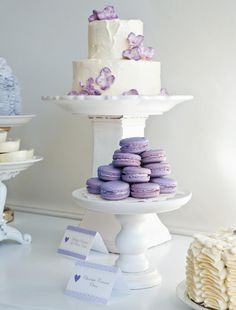 Love these lavender macaroons! Perfect for baby shower:)