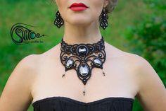 "Macrame set ""Secrets of Vercailles"". Necklace, bracelet and earrings. Hand made by Anastasia Akhmetzyanova."