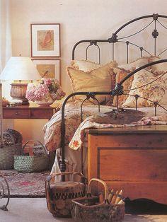 I love everything, everything, everything about this bedroom. :)