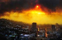 Una vista general muestra el incendio en Valparaíso. En el que el fuego quemo más de 100 casas. AFP PHOTO / ALBERTO MIRANDA. Abril 2014