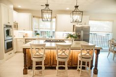 Looking for Traditional Kitchen ideas? Browse Traditional Kitchen images for decor, layout, furniture, and storage inspiration from HGTV. Kitchen Fan, Grey Kitchen Island, All White Kitchen, Kitchen Ideas, Kitchen Updates, Pantry Ideas, Kitchen Islands, Kitchen Pantry, Kitchen Layout