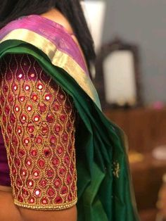 Wedding Saree Blouse Designs, Half Saree Designs, Silk Saree Blouse Designs, Simple Blouse Designs, Stylish Blouse Design, Mirror Work Blouse Design, Maggam Work Designs, Designer Blouse Patterns, Embroidered Blouse