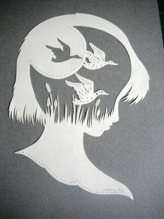 Des oiseaux plein la tête ! 3d Paper, Paper Quilling, Paper Crafts, Paper Cutting, Paper Artwork, Scroll Saw Patterns, Easy Diy Crafts, Kirigami, Paper Flowers