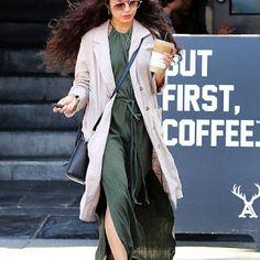 海外セレブニュース&ファッションスナップ: 【ヴァネッサ・ハジェンズ】やっぱりロングヘアがステキ!LAのコーヒーショップにお出かけ!