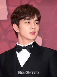 유승호.기사사진) 171230 MBC 연기대상 최우수상 유승호 : 네이버 블로그 Most Handsome Korean Actors, Handsome Actors, Yoo Seung Ho, Kwak Dong Yeon, Mbc Drama, Kdrama Actors, Child Actors, Lee Jong Suk, Korean Star