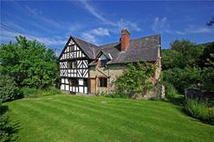 16th Century   The Old Farm House   Herefordshire, England   $789,555   Old  House