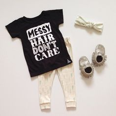 Baby outfit t-shirt leggings moccasins bow babyfashion babystyle