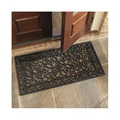 Where to buy entryway rugs? Find the perfect entryway rugs for your space and style with Ballard Designs. Shop door mats, entry rugs, front door mats and more! Door Entryway, Entrance Doors, Entrance Mats, Grand Entrance, Rubber Door Mat, Apartment Entrance, Apartment Ideas, Front Door Mats, Double French Doors