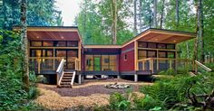 I love Method Homes.here's a Prefab Modern House: The by Method Homes Published on JANUARY 2015 This prefab modern house called the It has two bedrooms and one and a half bathrooms within 1240 sq. of interior space Best Modular Homes, Modular Home Builders, Prefab Modular Homes, Prefab Houses, Prefab Buildings, Prefab Cabins, Wood Houses, Tiny Houses, Container Home Designs