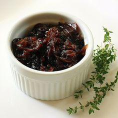 red onion jam ~ 4 cups thinly sliced red onions, 1 tsp olive oil, 1/4 cup sugar, 1/4 c,red wine vinegar, 3/4 tsp chopped fresh thyme