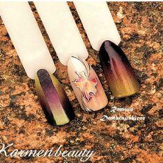 Wow! What beautiful fall nails!