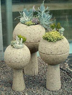 Živé neboli rostlé dekorace na zahradu