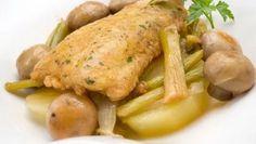 Receta de Locha con cebolleta, patata y champiñón #receta #locha