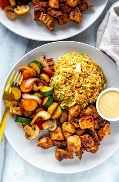 This Hibachi Chicken is just like the kind you get at Benihana - it's a delicious Japanese-inspired dish served with fried rice and sautéed vegetables. Sauteed Vegetables, Chicken And Vegetables, Hibachi Vegetables Recipe, Fried Rice With Chicken, Sautee Chicken, Kung Pao Chicken, Sauteed Chicken Recipes, Vegetable Crisps, Recipes