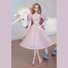 Doll Clothes Barbie, Barbie Dolls, Fashion Royalty Dolls, Fashion Dolls, Lifelike Dolls, Glamour Dolls, Couture, Retro Dress, Cute Dresses