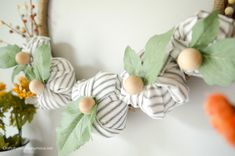 Today did not feel like fall here in Virginia, but I'm sure ready for it! Here's a simple Farmhouse Fall Wreath tutorial I know you'll love. This post is brought to you in by Michaels. DIY Farmhouse Fall Wreath Texture Read More. Christmas Trivia, Christmas Signs, Handmade Christmas, Christmas Diy, Burlap Bubble Wreath, Farmhouse Fall Wreath, Farmhouse Decor, Fall Wreath Tutorial, Jar Gifts