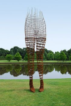 Desolving in Air (by Bart van Damme). #weaving #Sculpture #Art