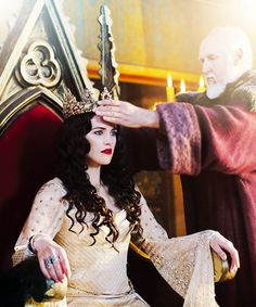 Morgana Pendragon (Actress / Katie McGrath) (TV Series / Merlin) Long live the queen of Camelot :D