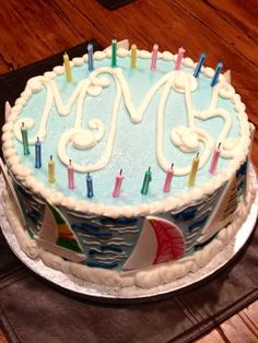 Can make this my sisters 21st birthday cake. Switch the sailboats for 21 around the cake