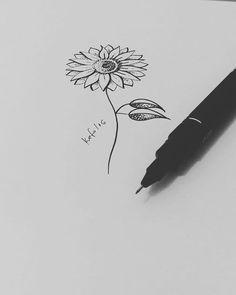 Desenho do girassol para tatuagem da @rutnobrega cliente de João Pessoa…