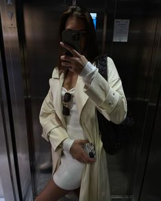 Kelsey Simone, Parisian, Chic, My Style, Instagram, Fitness, Jackets, Minimalist, Outfits