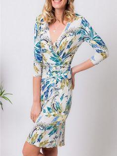 Motifs, Wrap Dress, Dresses, Fashion, Fashion Ideas, Trendy Outfits, Dress Ideas, Sleeve, Gowns