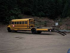 This would work for me! Too Kewl For Skool? Modified School Bus = Camper / Jeep Hauler - How much more perfect can you get? 4x4 Trucks, Custom Trucks, Custom Campers, Chevy Trucks, Truck Camper, Camper Trailers, Travel Trailers, Used School Bus, School Buses