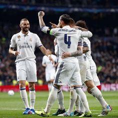 Gran noche de @uefachampionsleague. El Bernabéu de las grandes citas. ¡Seguimos! / Big Champions League night at the Bernabéu. Onwards! #HalaMadrid