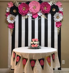 Birthday Table Decorations For Boyfriend 15 Ideas Kate Spade Party, Husband Birthday, Boyfriend Birthday, Birthday Table Decorations, Wedding Decorations, Paper Flower Backdrop, Paper Flowers, 40th Birthday Parties, Cake Birthday