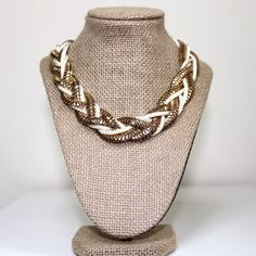 Wrapped Gold & White Necklace Put this necklace in your bundle today! Open to offers, as always. Forever 21 Jewelry Necklaces