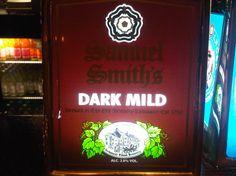 Cerveja Samuel Smith's Dark Mild, estilo Mild Ale, produzida por , Inglaterra. 2.8% ABV de álcool.