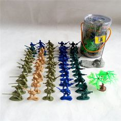 67pcs/set Army soldier troopers static model military model toy plastic toy Children fighting Toys Christmas gift Free shipping