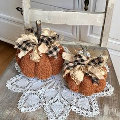 Pumpkins on crochet