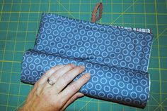 Changing Pad and Diaper & Wipes Pouch Tutorial: Fat Quarter Project