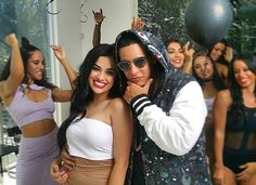 #mulpix Dreams do come true 😍@daddyyankee Nunca Dejo de sonreir! 😂   #DaddyYankee  #reggaeton  #LAModels  #Dancer  #Actress  #Youtube  #Video  #emillsdidit  #Mexicana  #Latina 💃🏻💥