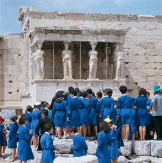 1968 view of a party of school children standing together in front of the six figure Caryatid porch of the Erechtheion temple, located on the north side of the Acropolis of Athens in Greece. Get premium, high resolution news photos at Getty Images Old Photos, Vintage Photos, What A Country, Greece History, Best Cities In Europe, Greece Pictures, Greece Photography, Vintage School, Acropolis