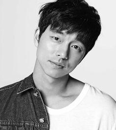 Gong Yoo courted to headline writer Kim Eun-sook's tvN drama by girlfriday Hot Korean Guys, Korean Men, Korean Actors, Goblin Gong Yoo, Yoo Gong, Coffee Prince, Lee Dong Wook, Kpop, Lee Min Ho