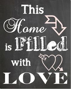 FREE Chalkboard Printable for Valentine's Day! Print, frame and hang for instant art! Great decor idea to add to your gallery wall!